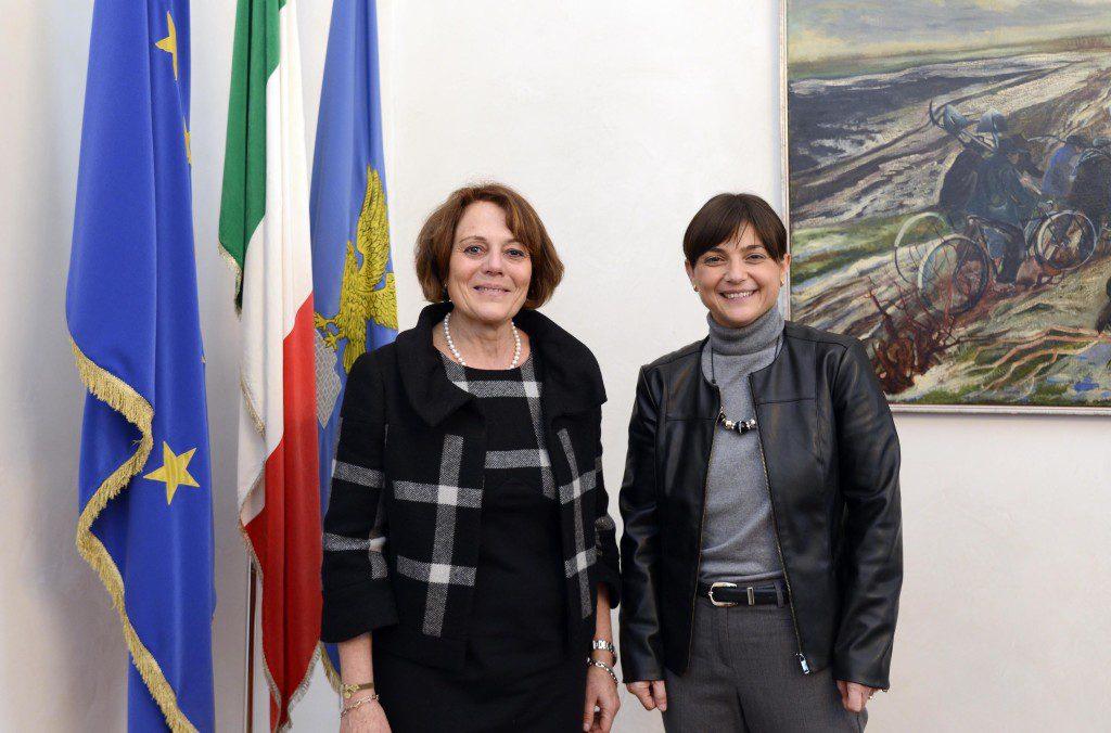 Annapaola Porzio (Prefetto Trieste e commissario di Governo per FVG) e Debora Serracchiani (Presidente Regione Friuli Venezia Giulia) nella sede della Regione - Trieste 01/02/2016