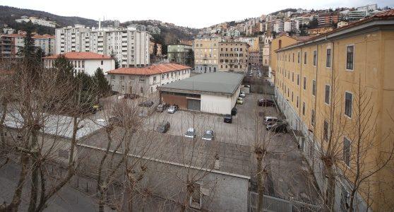 Trieste: contestata con richiesta di indagini la proprietà della caserma della Polstrada