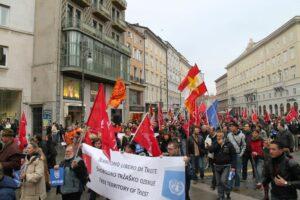 "18 novembre 2012: manifestazione ""Rigassificatore Game Over"" promossa da Trieste Libera."