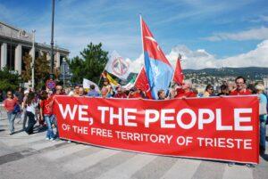 Presidio di Trieste Libera durante la conclusione del ciclo di conferenze sul futuro dell'Europa.