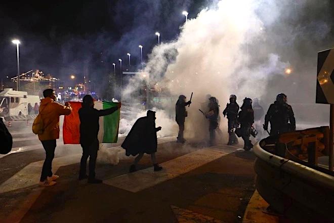 Trieste Libera: il blocco del Porto Franco è illegale