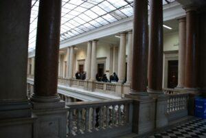 Interno del tribunale di Trieste.